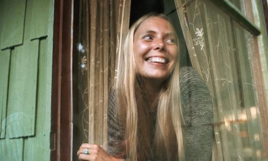 Joni Mitchell in Window
