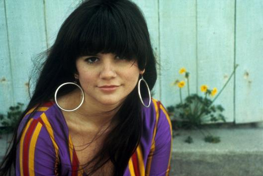 Linda-Ronstadt-photo-favorite-dress-Henty-Diltz